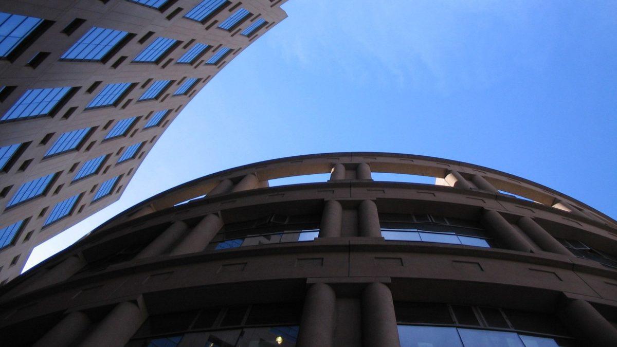 Kontrola zarzadcza - relacja instytucji z JST
